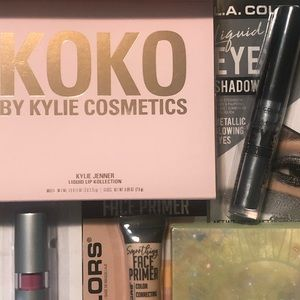 Make-Up. Mystery Boxes
